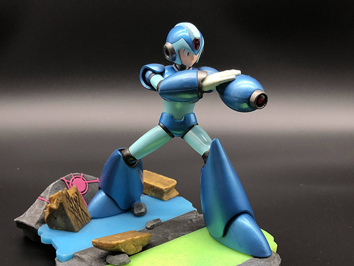 X雕像 - MVCI限定版特典